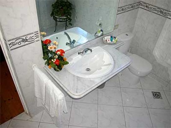 Bathroom Sinks Egypt a typical bathroom (wc) at the hotel longchamps on zamalek in