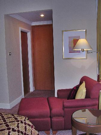 Mayfair, Bangkok - Marriott Executive Apartments : Master Bedroom 3