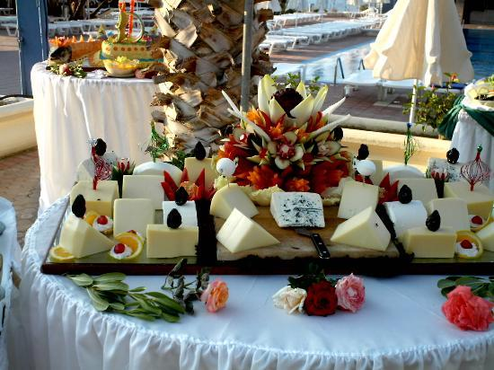 Royal Belvedere: Food At The Hotel's Cretan Night