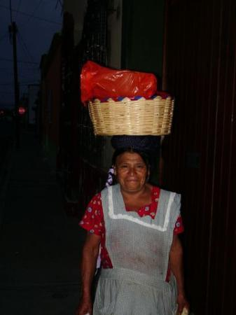 Casa de la Tia Tere: Tamale Vendor in Oaxaca