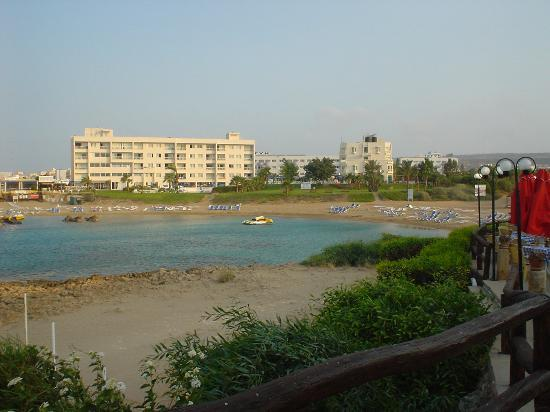 Pernera Beach Hotel: Pernera Beach