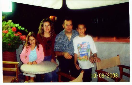 Poseidon Apartments : peter and family poseiden