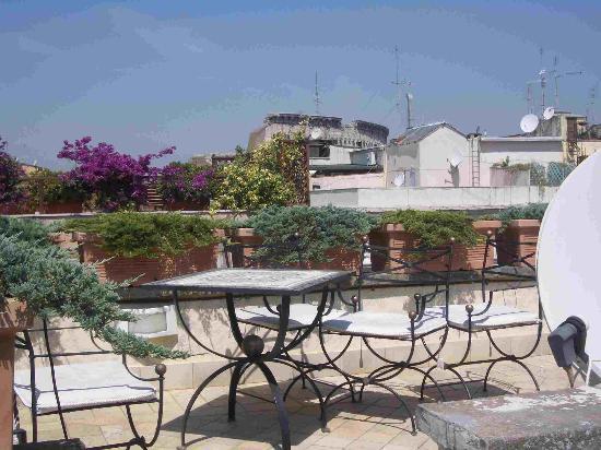 هوتل سليو: Pompeian Suite roof terrace