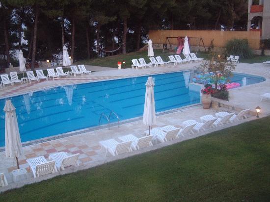 Ξενοδοχείο Νόστος: pool