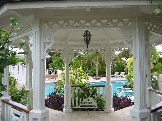 Royal West Indies Resort: Gazebo near the Mango Reef restaurant and pool