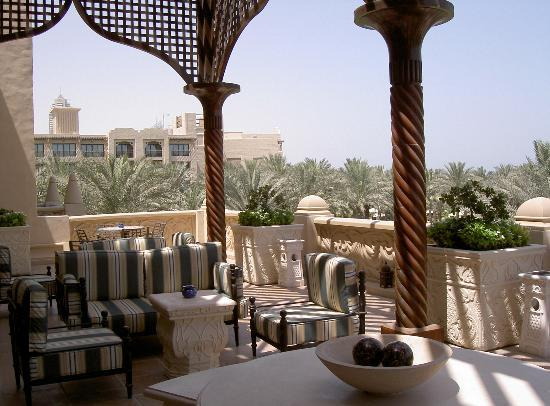 The Palace at One&Only Royal Mirage Dubai: Rooftop bar 1