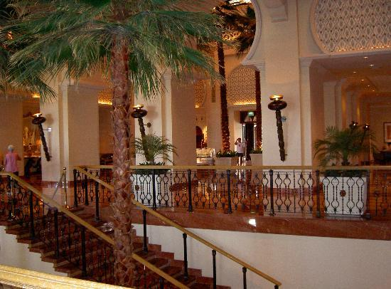 The Palace at One&Only Royal Mirage Dubai: Palace Lobby 1