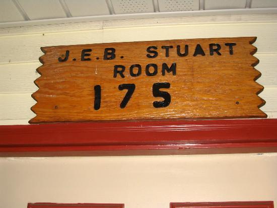 Capt. John Smith Inn: The room #