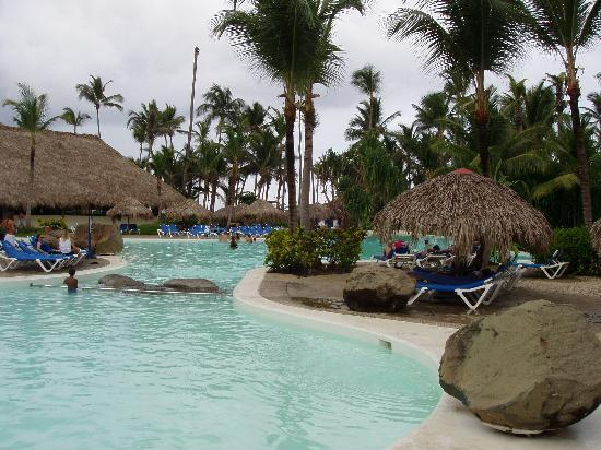 Pool picture of bavaro princess all suites resort spa for Pool spa show winnipeg