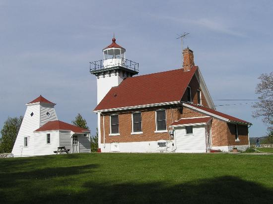 Sister Bay, WI : Sherwood Point Lighthouse