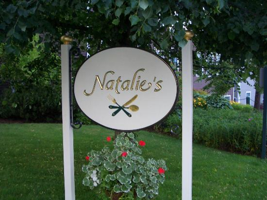 Natalie's Restaurant : Sign
