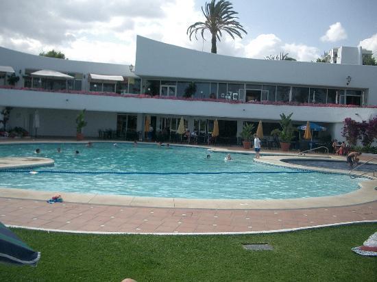 Casitas Classiques Villacana: Villacana main pool and poolside restaurants