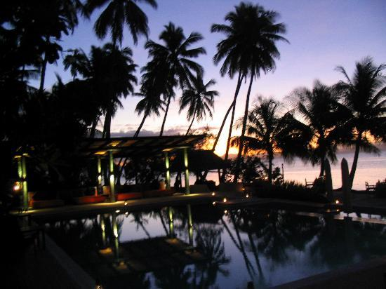 Jean-Michel Cousteau Resort: Drinking in the sunset