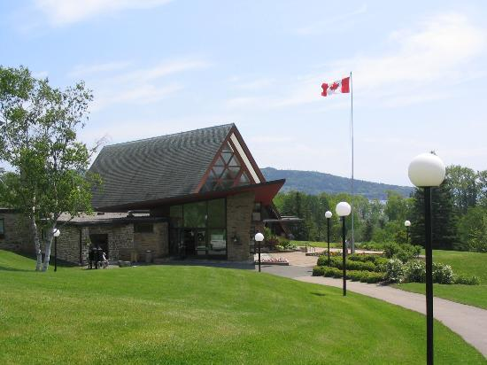 Alexander Graham Bell National Historic Site : Bell Museum in Baddeck