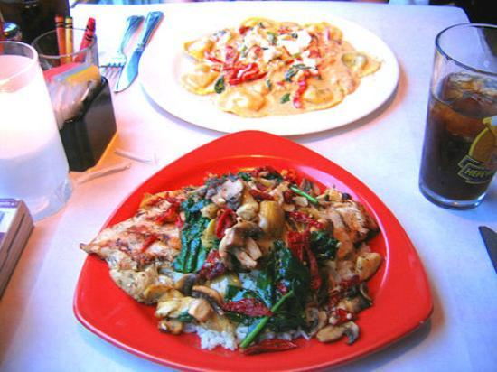 S & P Oyster Co: Grilled chicken with veggies & Fetuccine with veggies