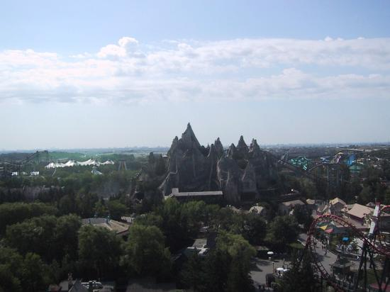 Canada's Wonderland : A view from the top of Drop Zone!!!