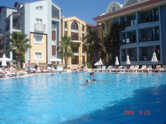 Club Anastasia: View Of Pool