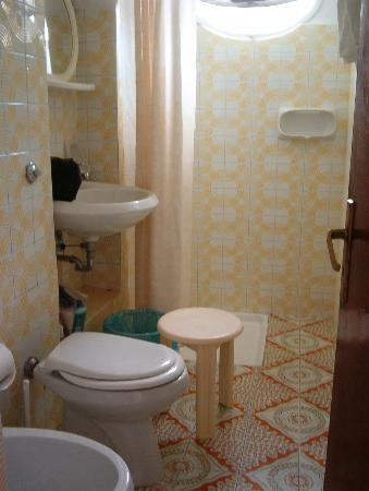 Pensione Maria Luisa - Amalfi Coast: Bathroom Room #6  - view 2