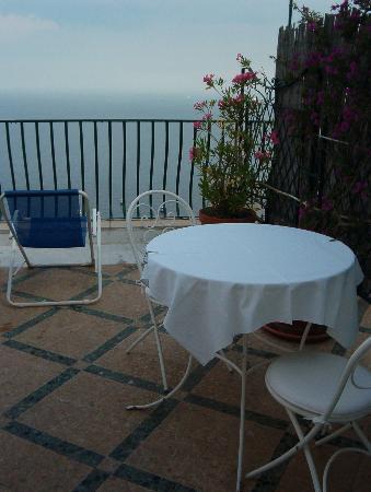 Pensione Maria Luisa - Amalfi Coast: Private terrace room #6 - view 2