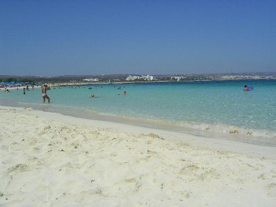 Dome Beach Hotel & Resort PAI: Macronissos beach