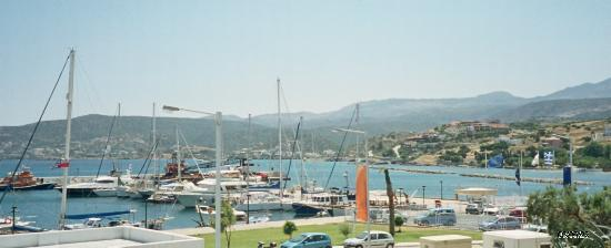 ครีต, กรีซ: The harbour in Agios Nikolas