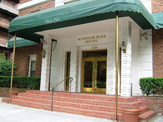 junction near hotel picture of windsor park hotel. Black Bedroom Furniture Sets. Home Design Ideas