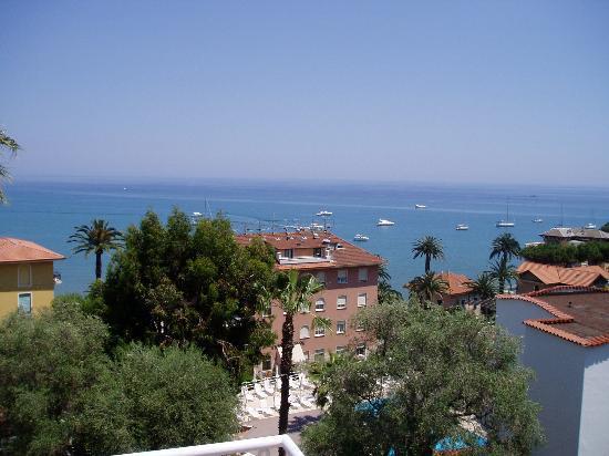 Nettuno Hotel: View from balcony
