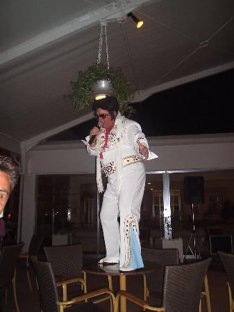 Asterias Beach Hotel: Elvis impersonator at hotel