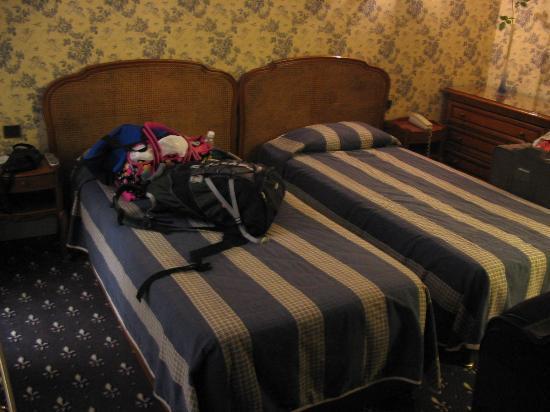 Hostellerie du Marais: Our Room