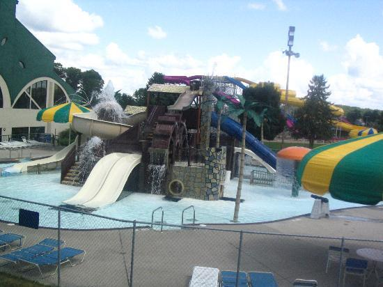 Wisconsin Dells, WI : More of the outdoor waterpark at Mt. Olympus