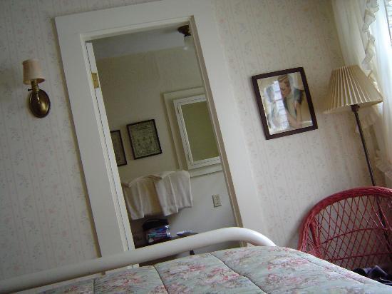 Old Sea Pines Inn Photo