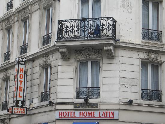 Hotel Le Home Latin: View from street