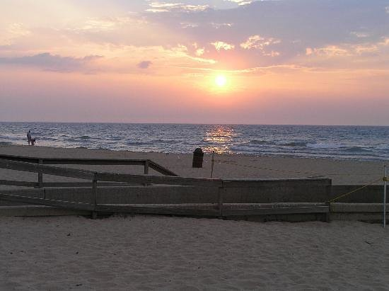 Chesterton, IN: Indiana Dunes Main Beach at Sunset