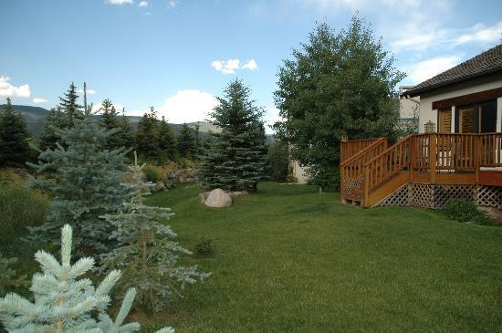 81 Aspen Meadow: Nice back yard