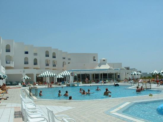 Hotel Albatros: By the pool