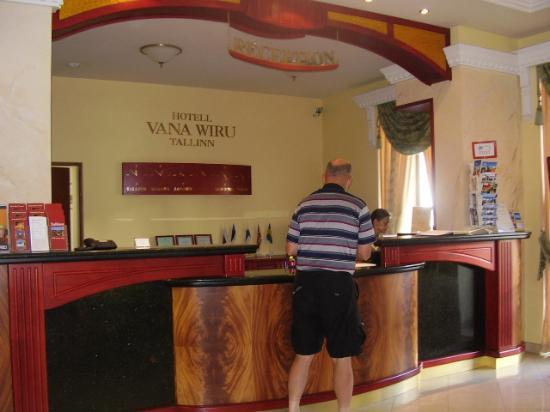 Baltic Hotel Vana Wiru: Reception, very kind staff
