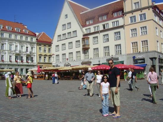 Baltic Hotel Vana Wiru: The great block just 3 minutes away. great restaurants and shops!
