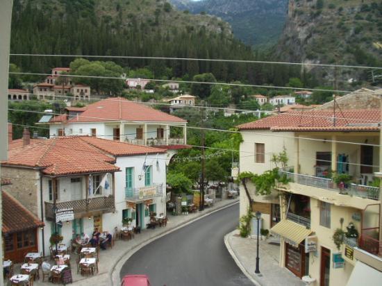 Byzantion Hotel : Bike Sun Tours Greece 2005 Mystras Street View