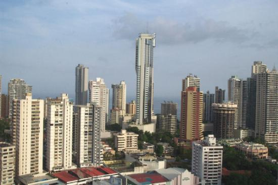 Radisson Decapolis Hotel Panama City: Partial view from our room
