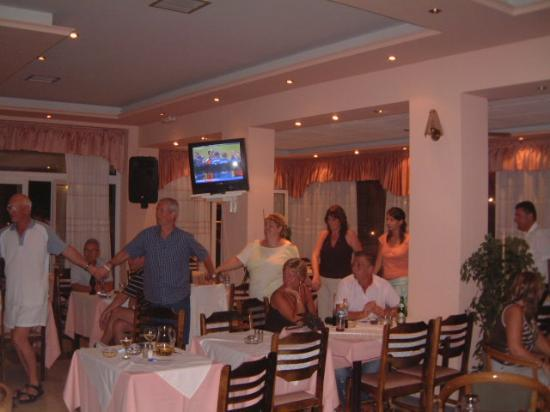 Agios Stefanos, Grecia: the staff will ensure you have a great time