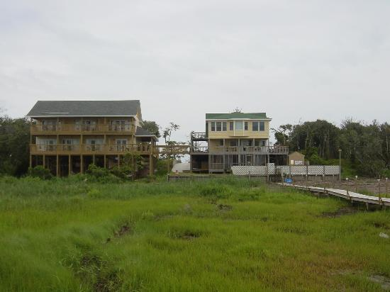 The Inn on Pamlico Sound: Looking back toward the Inn from Pamlico Sound