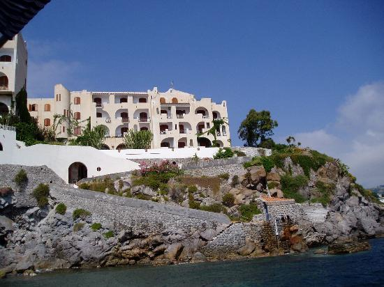 Hotel Carasco : Carasco from the water
