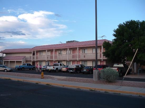 Motel 6 Santa Fe 646 Cerrillios Road: Red Roof Inn, Santa Fe