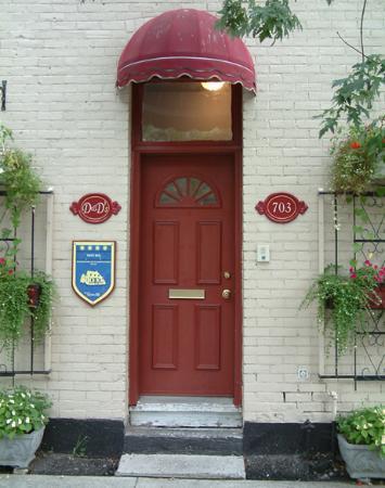D&D's B&B: Front Door