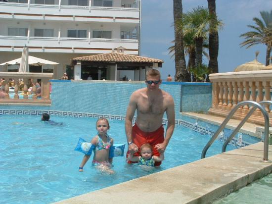 Hotel Condesa de la Bahía: pool