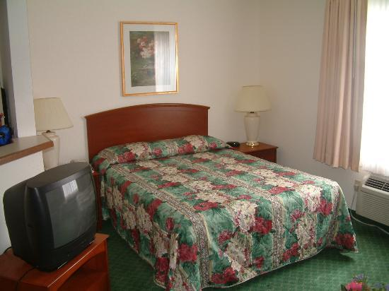 TownePlace Suites Savannah Midtown: Hotel Room