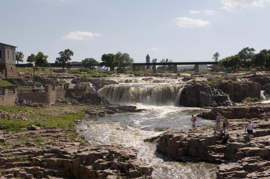 Sioux Falls, SD: Falls Park just beautiful