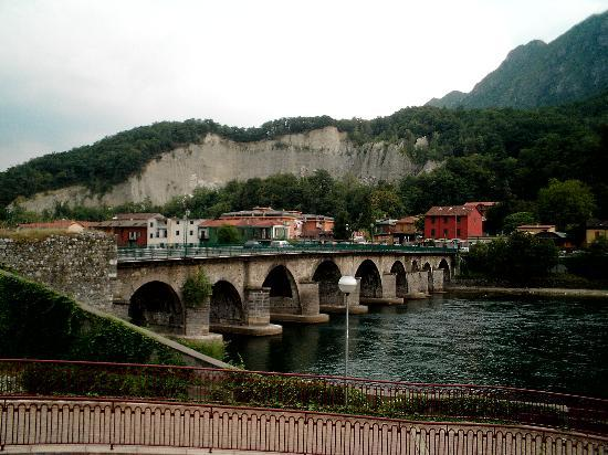 American Restaurants in Lecco