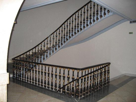 Hotel Avenida Palace: Staircase