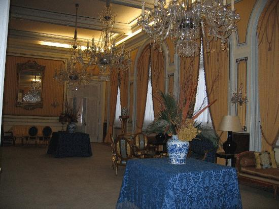Hotel Avenida Palace: An open salon for guest use